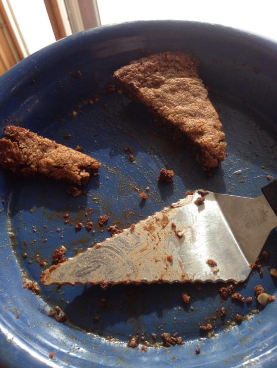 gluten'free chocolate chip cookie pie 2.jpg